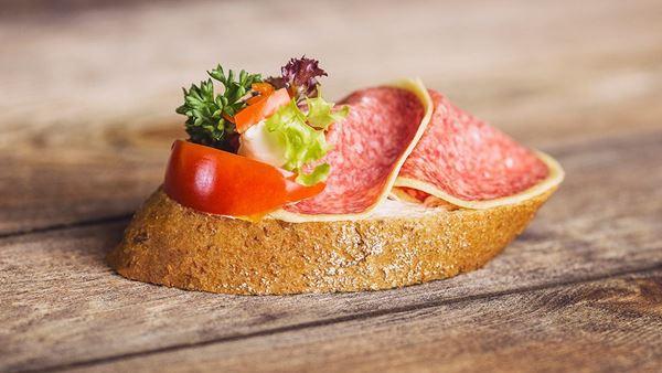 Chlebíček gurmán v sýru