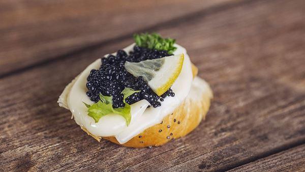 Jednohubka černý kaviár