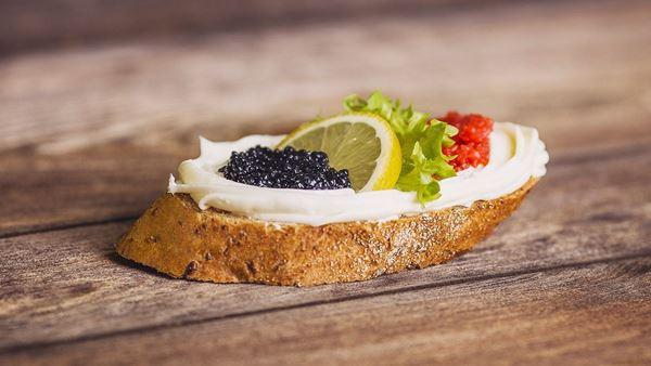 Chlebíček kaviár